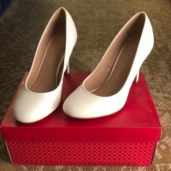 076f59b35b Kelly & Katie Shoes | White Kelly Katie Heels Size 8 | Poshmark